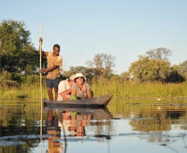 Mokoro kanotocht tijdens Botswana Wildside tour via Scenic Travel - Zoetermeer