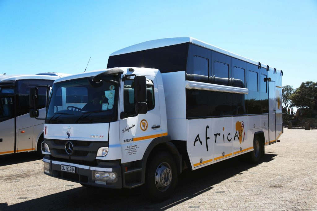 Safari met comfortabele safari truck van Africa4Us Europe